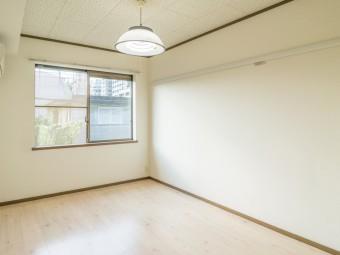 パールハイツコミヤマ 202号室