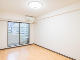 コアロード西新宿 805号室