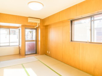 本町クリスコーポ 303号室