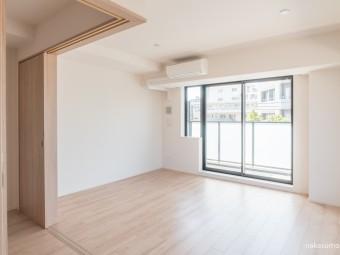 アパートメンツ中野弥生町 303号室