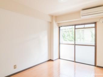 ヒルサイド川本 202号室