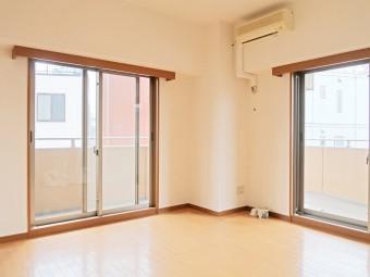 ディオレ西新宿 201号室
