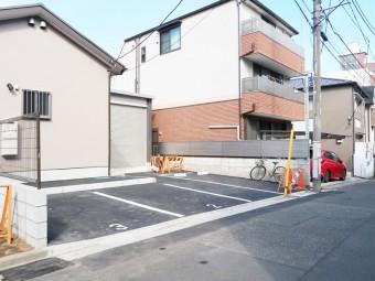 藤神稲荷神社駐車場