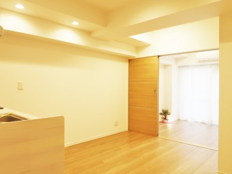 ライオンズマンション中野弥生町 102号室