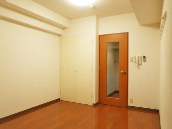 エルグランド・イナ 206号室