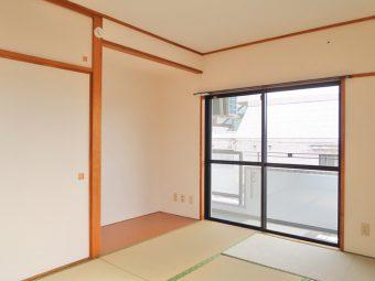 メゾン美羅樹Ⅱ 301号室