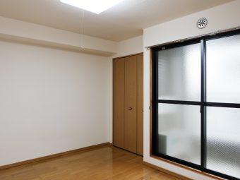 ゴールド第三ビル 303号室